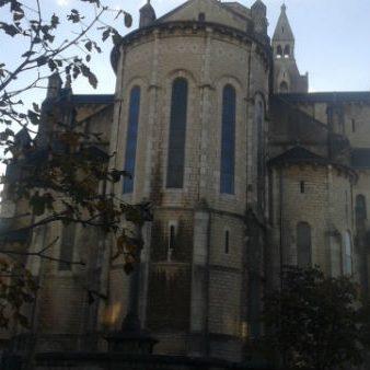 rodez église du faubourg vue de la maisson des associations