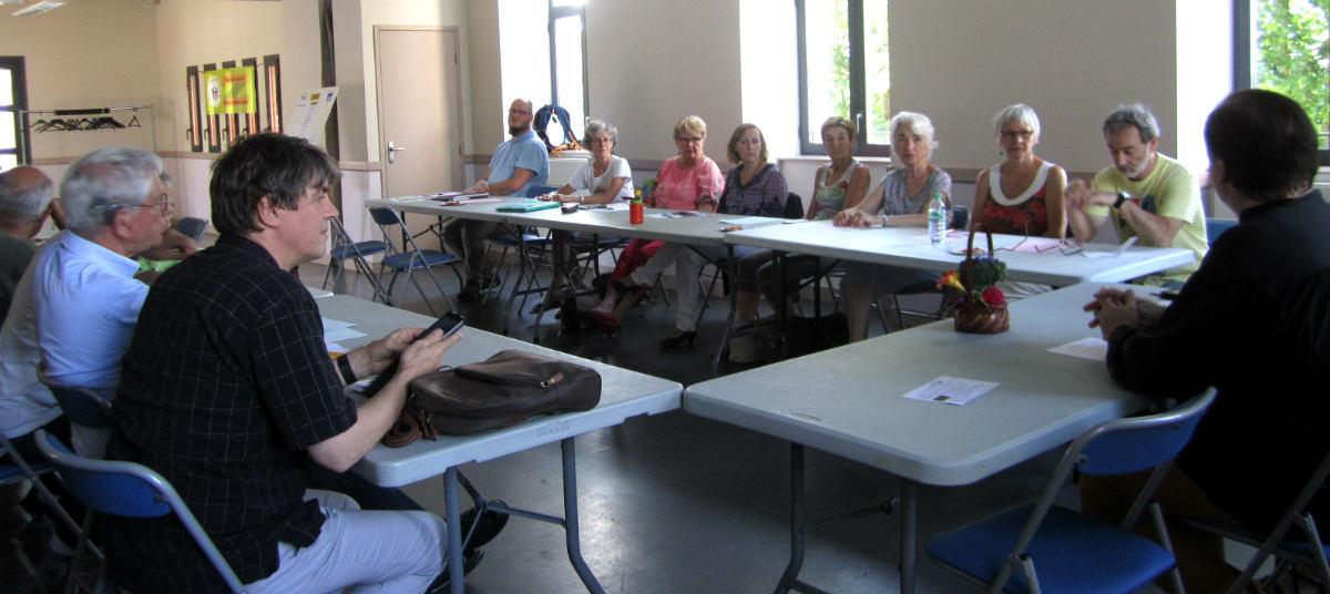 café débat ASSOCIATISSE du 29 mai 2017, à la maison des associations de RODEZ, vue de la salle